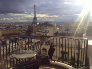 studded-hearts-balcony-paris-view